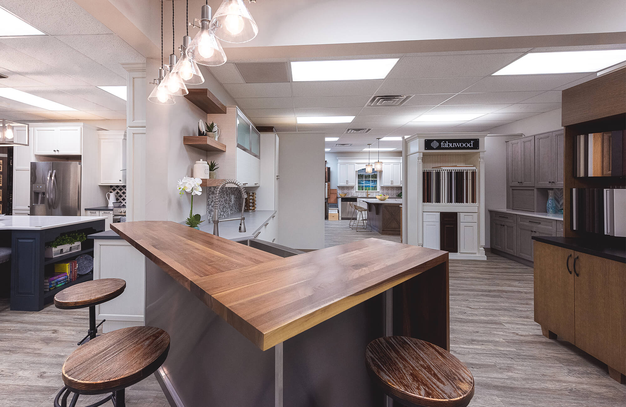 Corner wooden table in showroom kitchen