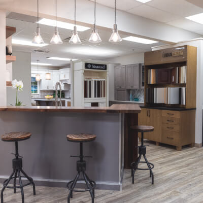 Woodgrain showroom kitchen with multipul wood options thumbnail